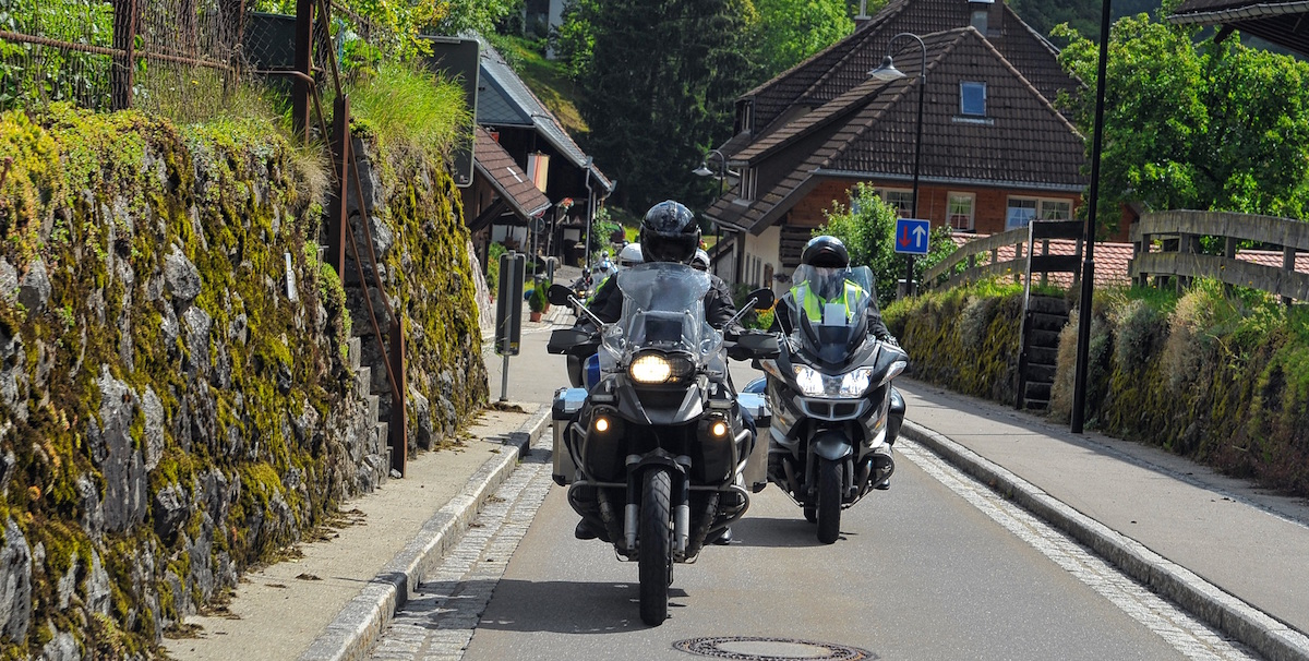 assurance moto guideur devis en ligne mutuelle des motards. Black Bedroom Furniture Sets. Home Design Ideas