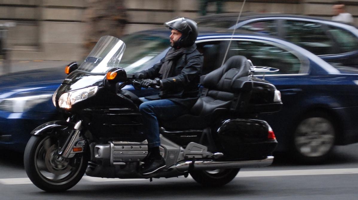 assurance taxi moto devis en ligne mutuelle des motards. Black Bedroom Furniture Sets. Home Design Ideas